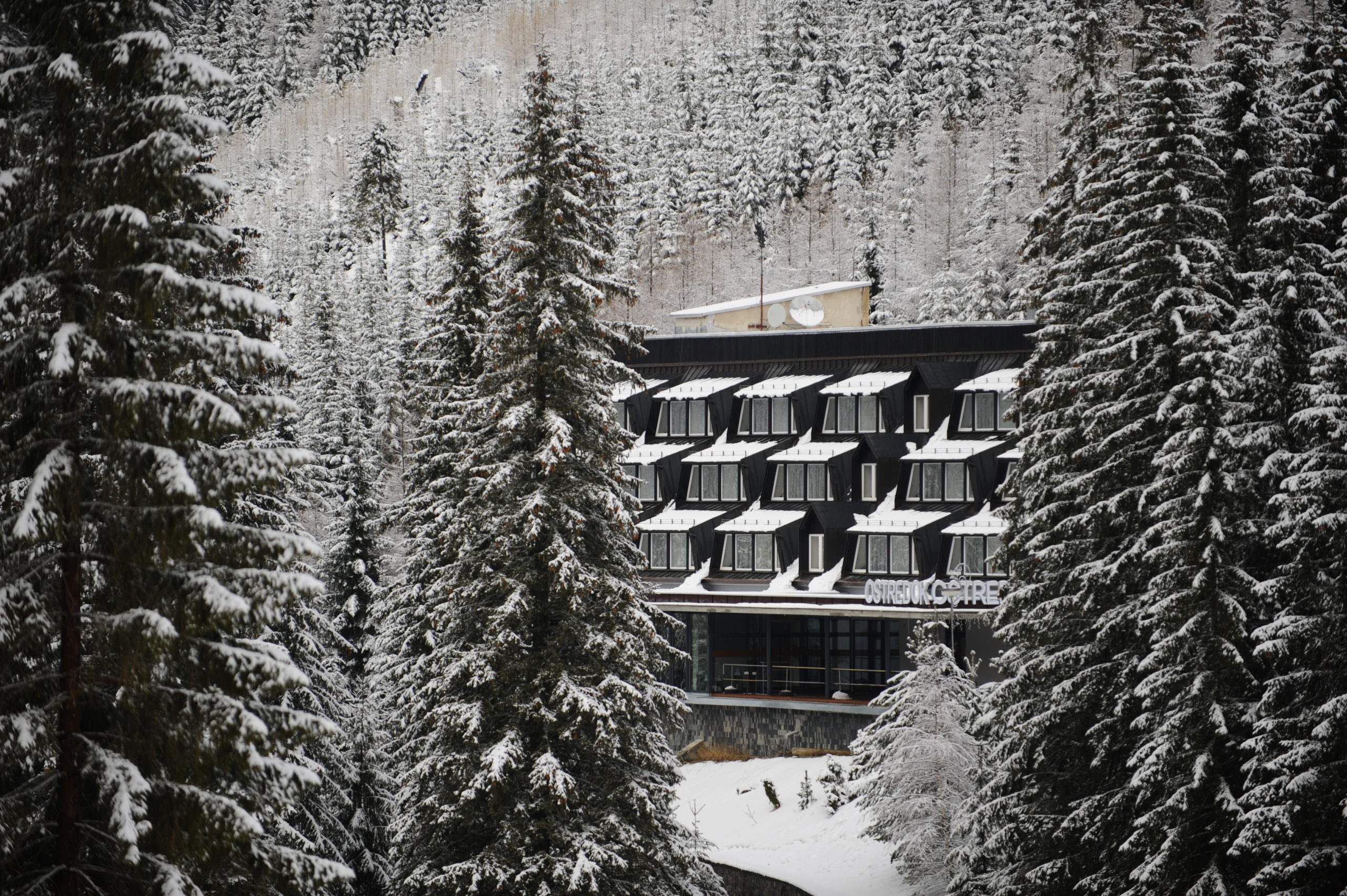 Zima na Hoteli Ostredok***